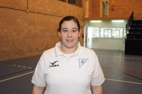 Ana - entrenadora Infantil Femenino