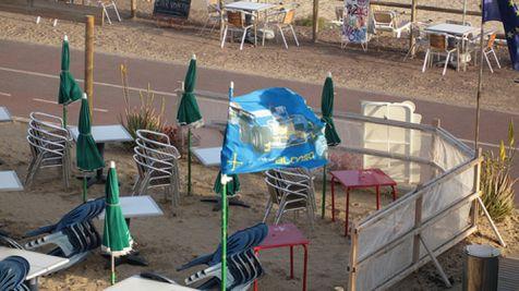 Bandera Asturias en la playa de Jandia Fuerteventura