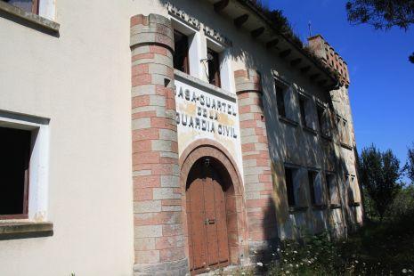 Cuartel abandonado