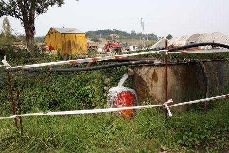 Agua limpia ??,  mina moscona ,en Corvera de asturias
