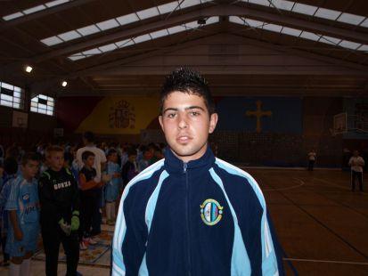 Edgar Coto - entrenador benjamín B