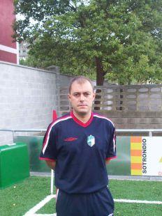 Osmel Vega  - entrenador 2ª infantil