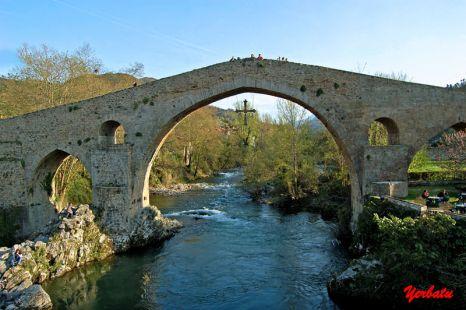 Puente romano (Cangas de Onis)