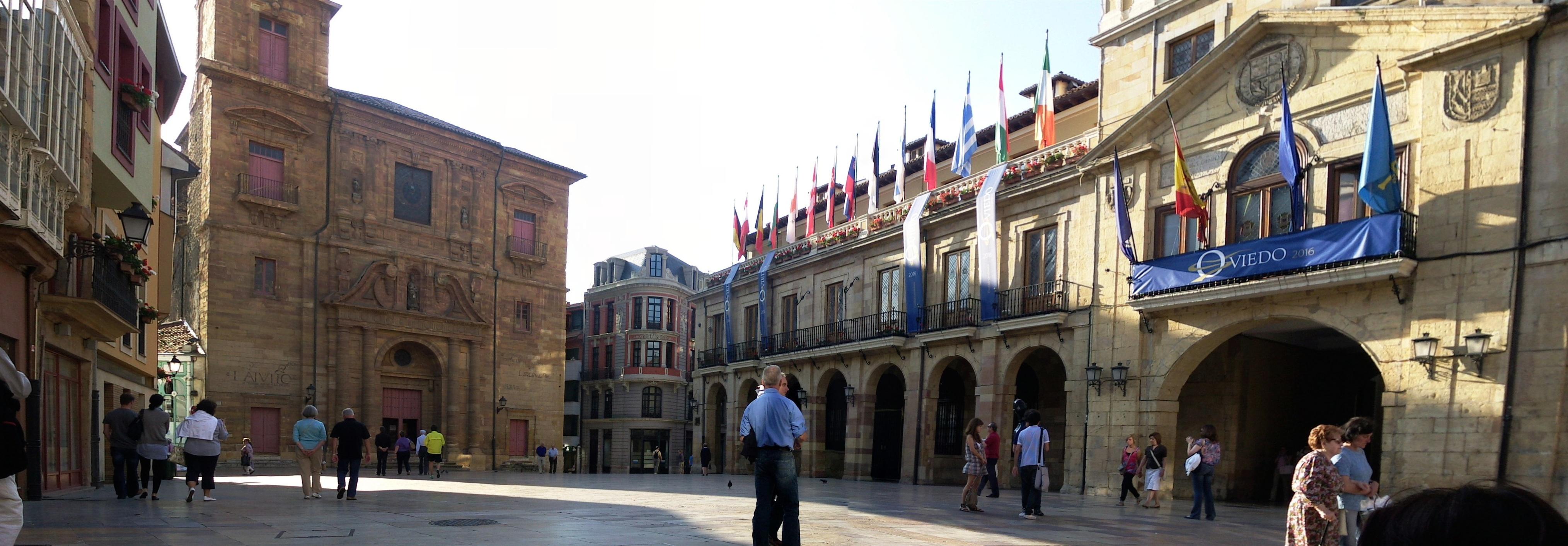 Oviedo plaza del ayuntamiento fotos de oviedo - Muebles en oviedo asturias ...