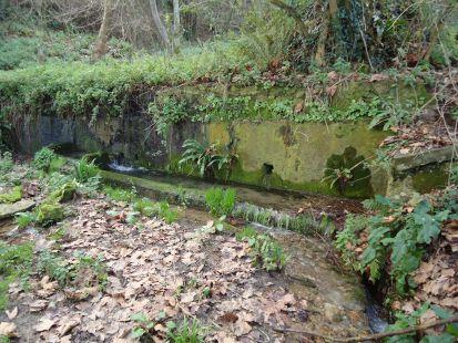 Fuente y abrevadero de Quintana