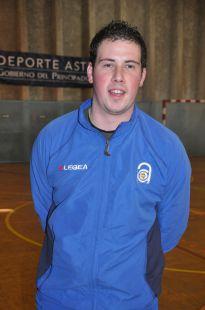 David Varela - entrenador prebenjamín B.jpg