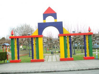 parque infantil de llaranes