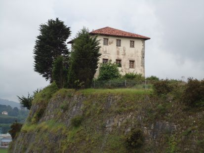 Torre Valdés Bandujo