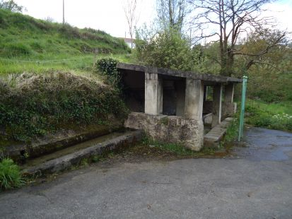 Fuente, abrevadero y lavadero de Batiao