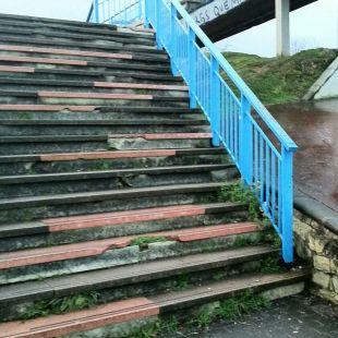 Escalera en pésimo estado