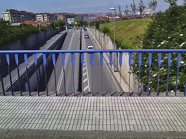 autopista desde la baranda