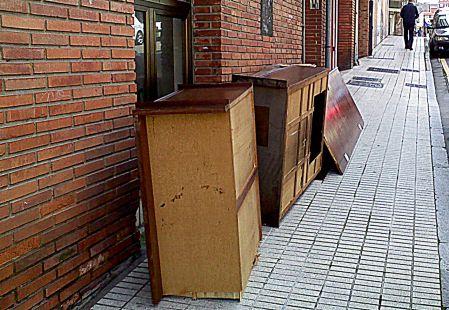 muebles rotos