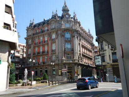 Edificio antiguo Banco de Gijón